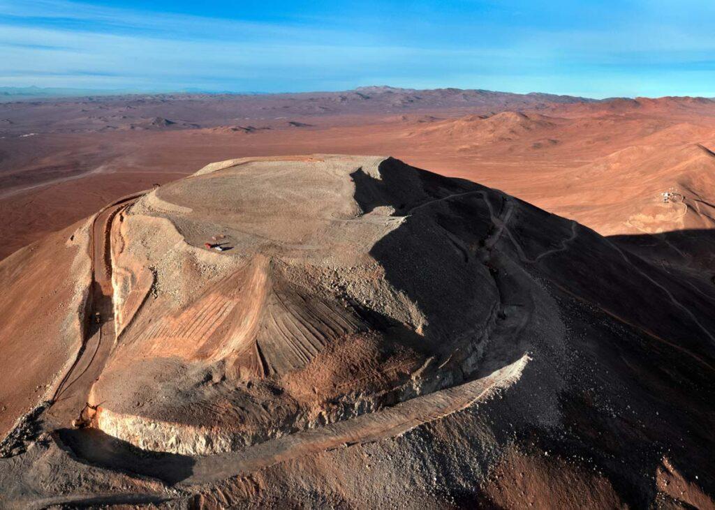 La cima del Cerro Armazones, dove verrà edificato l'ELT