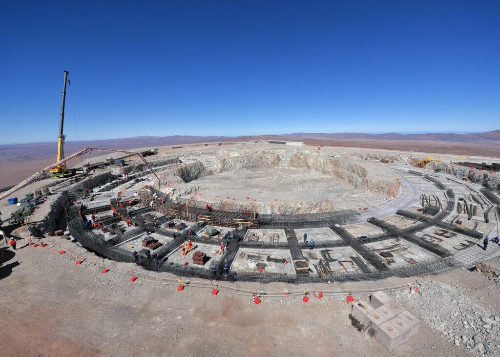 ELT, Extremely Large Telescope, I lavori per la realizzazione delle fondamenta dell'ELT procedono spediti.